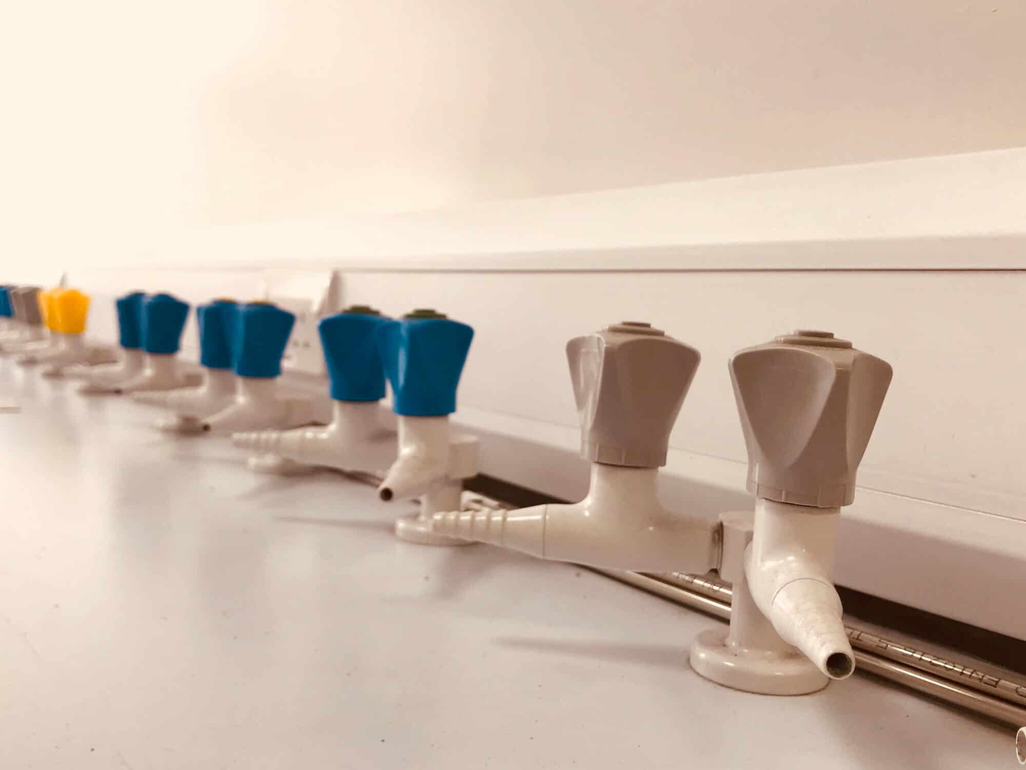 Tap into our Laboratory Relocation Service
